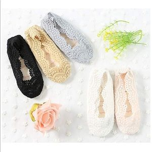 Girls Lace No Show Non-Slip Loafer Socks